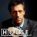 Hugh Laurie interpretando al Dr. House