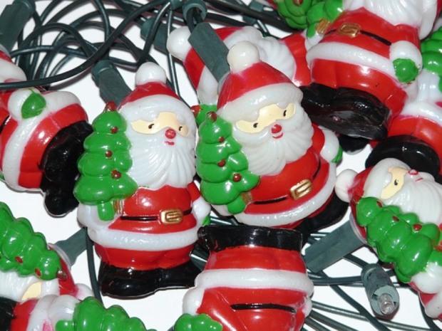 santa-clauses-11521_640